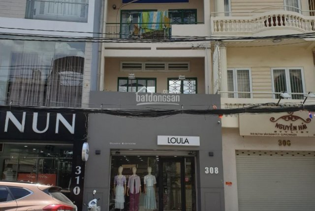 Bán nhà MT Huỳnh Văn Bánh 4x13.5m, 3 tầng gồm trệt 2 lầu, xuất cảnh cần bán 14.8 tỷ có thương lượng