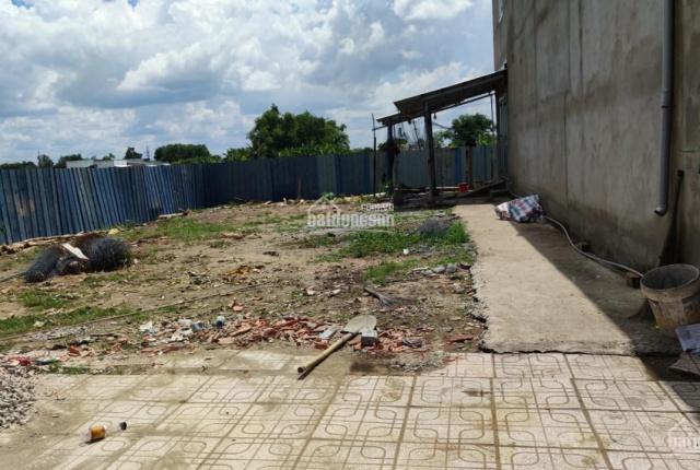Bán 309 m2 đất nền thổ cư ở huyện Cần Đước, Long An chỉ 4 tỷ (2 sổ hồng riêng)