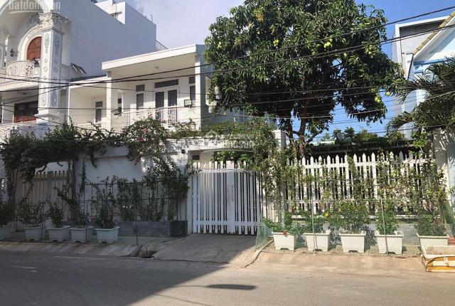 Biệt thự 256m2 MTNB khu dân cư Bình Phú, P. 10, Q. 6