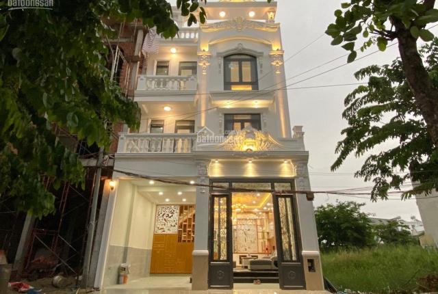 Kiến trúc châu Âu, nhà mới xây 04 tầng, DT 6.5x12.5m, vị trí đẹp, khu vip đường Huỳnh Tấn Phát