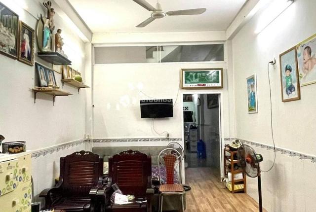 Bán nhà riêng - mặt tiền trung tâm Quận Tân Phú - 83.7m2 - chỉ 75tr/m2