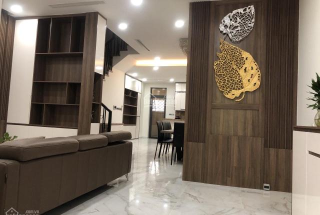 Tôi cần bán căn nhà phố 6x20m full nội thất cao cấp MT 20m giá bán 23 tỷ bớt lộc LH 0902872670