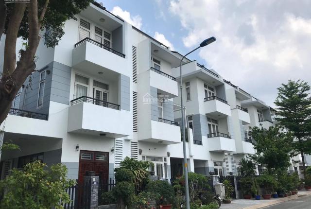 Nhà phố đẹp KDC Gia Hòa 7x20m xây dựng 1 trệt 2 lầu ST, đường 12m, hướng TB, giá đầu tư chỉ 12,5 tỷ
