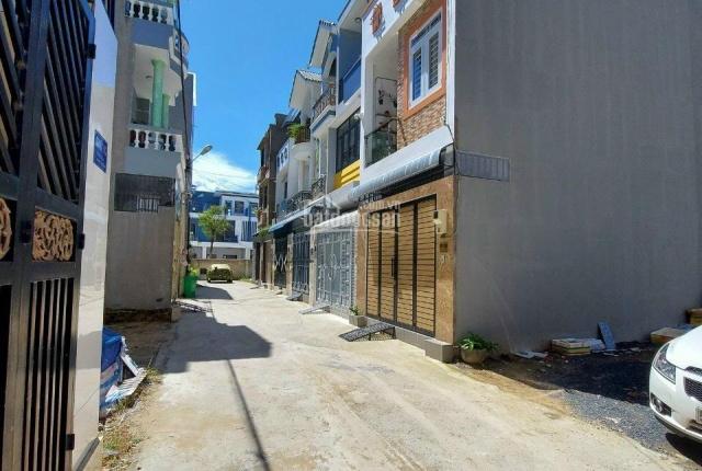 Nhà mới xây đẹp xinh lung linh Đường Cây Keo, phường Tam Phú, Thủ Đức, Nội thất cao cấp