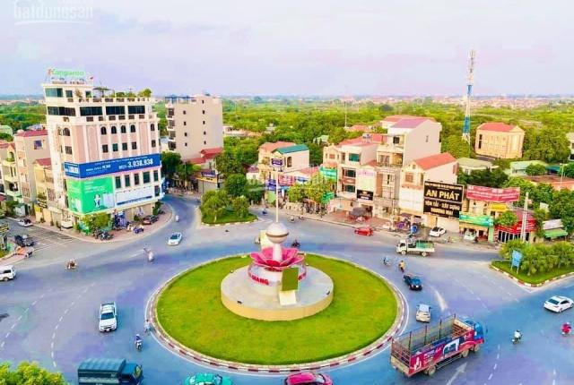 CC cần bán 97m2, mặt tiền 7,5m trung tâm Văn Giang, giáp khu đô thị Ecopark, kinh doanh tốt