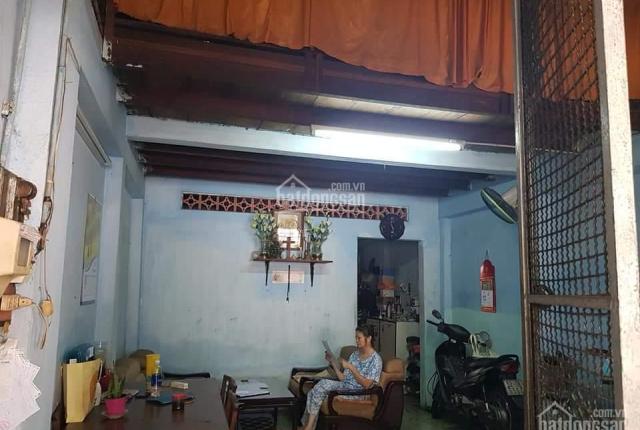 Nhà cũ - Nở hậu - HXH - Thạch Thị Thanh - P. Tân Định - Q.1