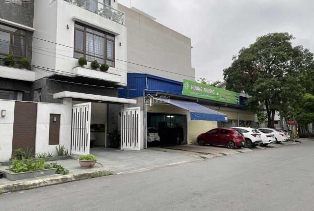 Cần bán nhanh lô đất đẹp góc bánh chưng 254m2 mặt đường Vĩnh Lưu - gần Big C