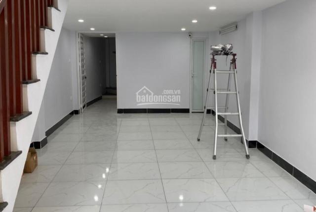 Bán nhà mặt phố Đê Trần Khát Trân, DT 45m2, 6 tầng thang máy, có gara ô tô