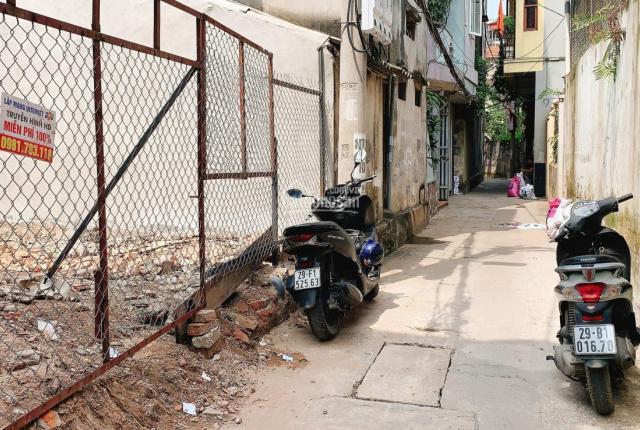 Cần bán mảnh đất vuông vắn Âu Cơ, Tây Hồ, Hà Nội. LH: 0972 362 948