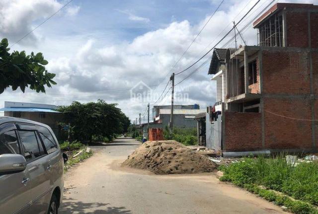 Cần bán đất Khu dân cư Tân Đức, tiếp giáp Tỉnh lộ 10, 5x25 full thổ, SHR giá chỉ 1tỷ250