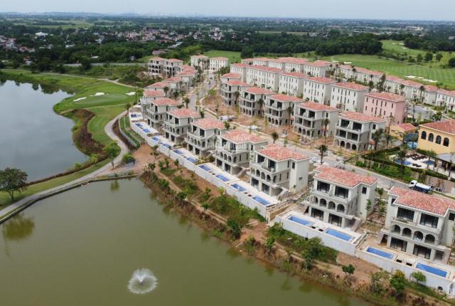 Mở bán biệt thự nghỉ dưỡng Wyhdam Sky Lake Resort & Villas view sân Golf 5* đầu tiên tại Hà Nội