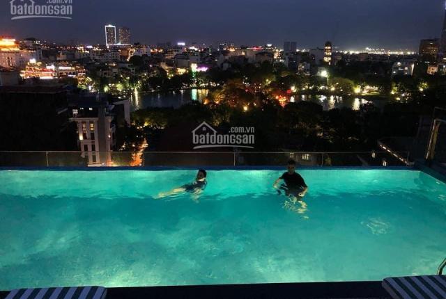 Bán gấp khách sạn Hàng Trống diện tích 425m2, mặt tiền 12m. Cách hồ Hoàn Kiếm 100m