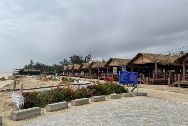 CC bán đất đường Quốc Phòng view biển Gio Hải, DT 10x25m 200m2 đất ở, vị trí đắc địa, LH 0948026555