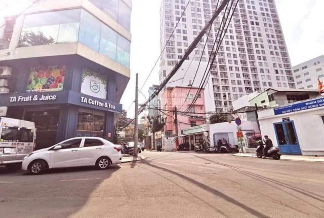 Bán nhà mặt tiền đường Đặng Dung, Tân Định, Q1, DT 7x24m, siêu đẹp
