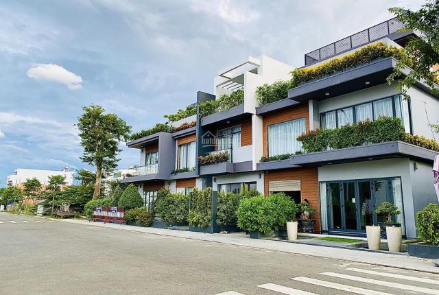 Bán lô shophouse đường 27m chỉ hơn 5 tỉ, gần ngã tư khu đô thị Capella Nha Trang - LH 0993363333