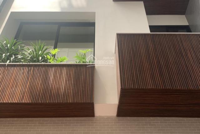Bán nhà mới phân lô vip ngõ Tôn Đức Thắng 96m2x4T, MT 8m, 5PN ngõ rộng full nội thất, giá 17,8 tỷ