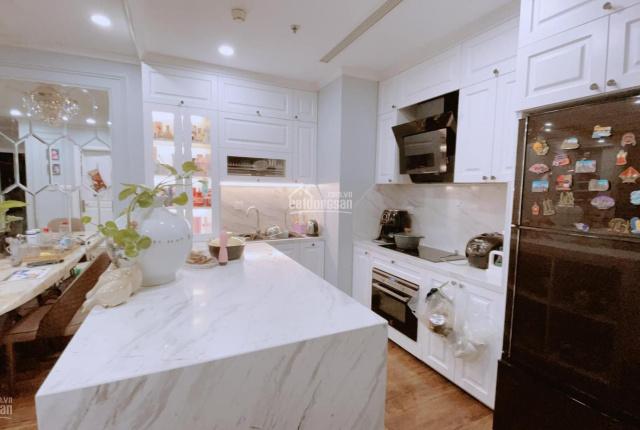 Chính chủ bán căn hộ T10, diện tích 92m2, đã sửa lại đẹp và hiện đại như căn mẫu