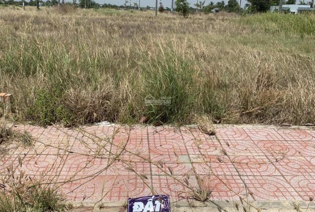 Anh tôi ngộp bán gấp lô đất Xã Phước Đông 82m2, giá 800tr SHR