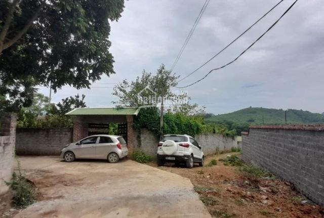 Sở hữu khuôn viên rộng 3634m2 view cánh đồng thoáng, nơi chốn Covid an toàn, cách Hà Nội chỉ 36km