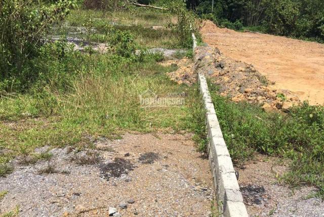 Siêu hiếm 676m2 đất mặt đường Hồ Chí Minh tại Yên Thủy