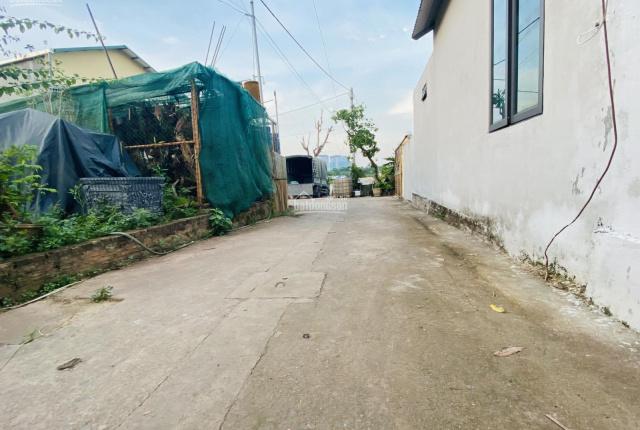 Đất Xuân Quan, 2 mặt tiền, full thổ cư, giá đầu tư. LH 0979045053