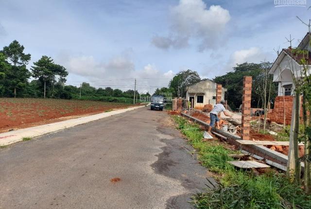 Bán đất Kp 3 Hắc Dịch, cạnh Khu công nghiệp 450ha, chỉ 8tr/m2, ngay góc mặt tiền Trần Phú rộng 16m
