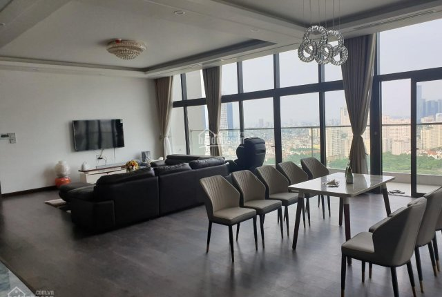 Chính chủ cần tiền bán gấp căn penthouse trung tâm quận Cầu Giấy, 320m2 ban công Đông Nam full đồ