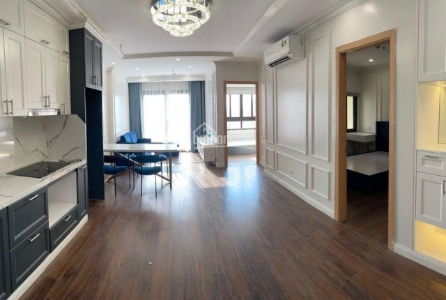 Chính chủ cần bán chung cư 26 Liễu Giai, hoàn thiện đẹp full nội thất, chỉ việc xách vali vào ở