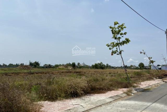 Xả lô đất giá ngộp trong mùa dịch covid, 82m2 ngay ngã tư chợ Trạm, SHR, giá 770tr còn thương lượng