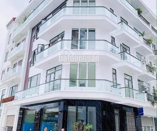 Nhà lô góc phố đi bộ Thế Lữ, Hồng Bàng, Hải Phòng