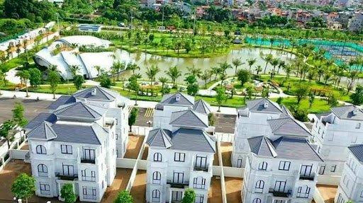 Em cần bán căn biệt thự đơn lập Green Villas 352m2, căn góc, vị trí đẹp, liên hệ: 0976.991.098