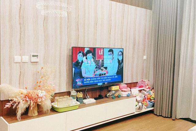 Chuyển nhượng gấp căn hộ 2PN rẻ & đẹp chung cư Sun Grand City Ancora, số 3 Lương Yên. LH 0975997166