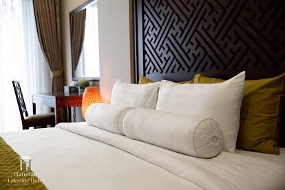 Siêu phẩm - khách sạn 4* - lô góc - 75 phòng KD - 11 tầng - MP Trần Thái Tông - 380m2 - 182 tỷ