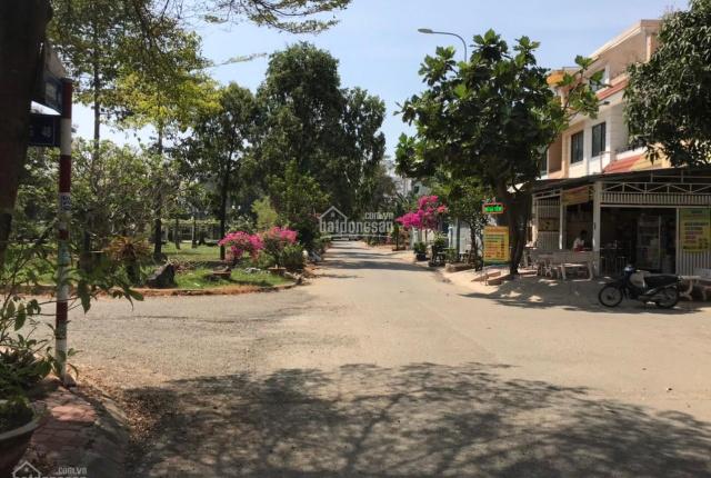 Nhà đẹp căn góc hai mặt tiền, DT 5x25m XD 1 trệt 2 lầu KDC Nam Long giá đầu tư chỉ 9.5 tỷ