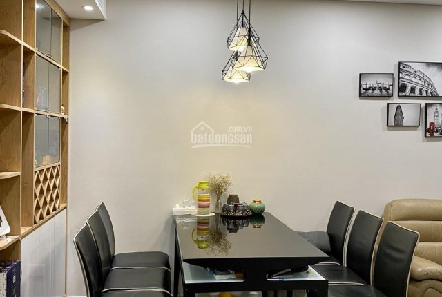 Chính chủ cần bán căn hộ 2 PN Rivera Park giá nhỉnh 3 tỷ - 0948390999