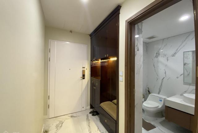 Bán căn hộ 3 phòng, view sông Hồng, full nội thất cao cấp dự án Sunshine City