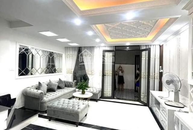 Bán nhà Thái Thịnh,trung tâm Đống Đa,nhà mới ở ngay 39M2 x5Tầng, mặt tiền5M.100% ảnh thật