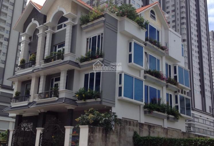 Cho thuê nguyên căn biệt thự MT đường nội bộ (14m), KDC Him Lam, Q7. LH: 0937 899 466 Sơn