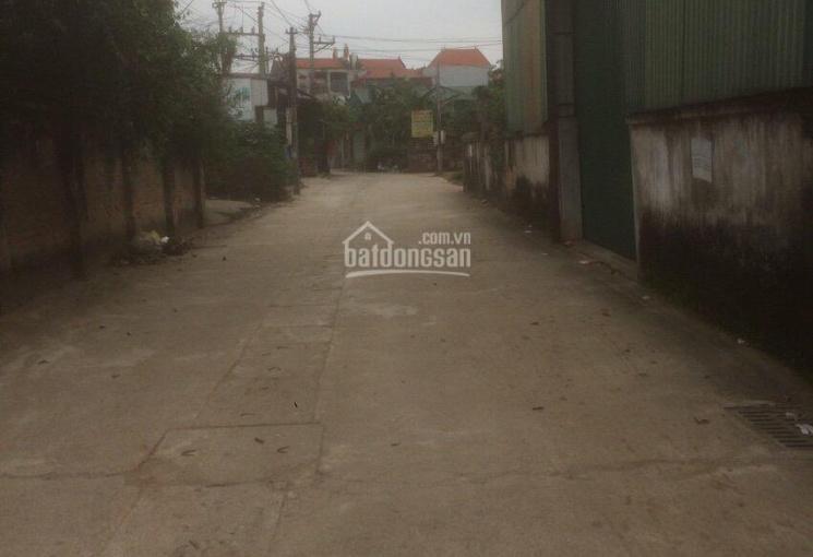 Chính chủ bán 30m2 Yên Vĩnh, MT 3.5m giá 740 triệu, LH 0978204236