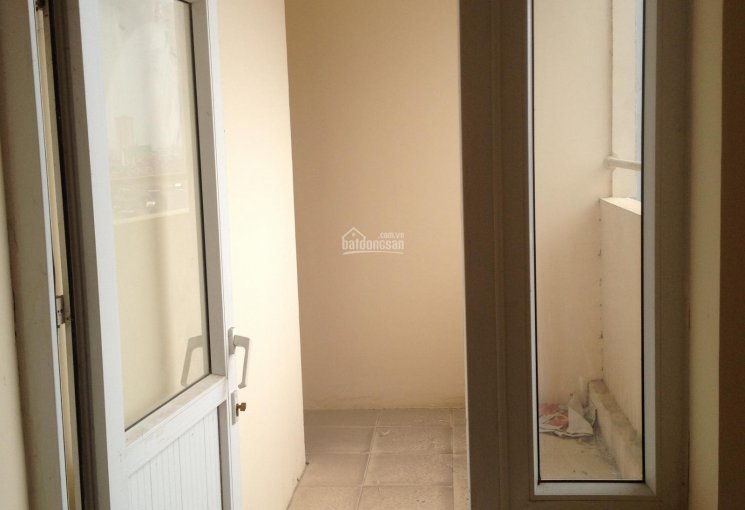 Bán chung cư Văn Khê CT5, căn góc 91m2, bán 1 tỷ 200tr, sổ đỏ