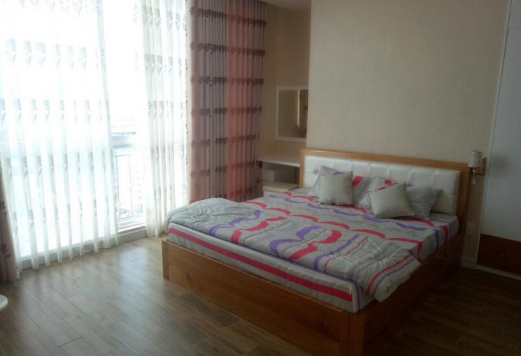 Sơn Thịnh homestay và dài hạn - tiêu chuẩn khách sạn 5*. LH: 0905301339
