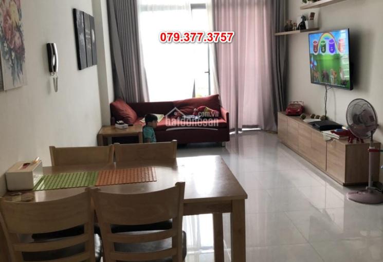 Bán căn hộ 2PN 2WC 81m2 Riva Park, hướng đông nam, full NT - giá 3.3 tỷ (bao hết) - 079.377.3757