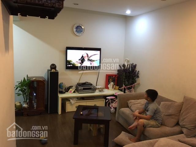 Chính chủ bán căn hộ Bàu Cát 2, Tân Bình, S: 94m2, 3PN, giá 2.85 tỷ, tặng nội thất, có sổ hồng