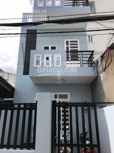 Bán nhà mới 1 trệt 2 lầu tại gần Ngã Tư Ga,Q.12,liền kề Gò Vấp,dt 63m2 giá bán 2.4tỷ,tặng NT,ở ngay