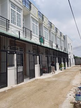 Mở bán dãy nhà phố 50 căn Hà Huy Giáp, Thạnh Lộc, Q. 12, 63m2, 2.2 tỷ, SHR, sở hữu trọn đời