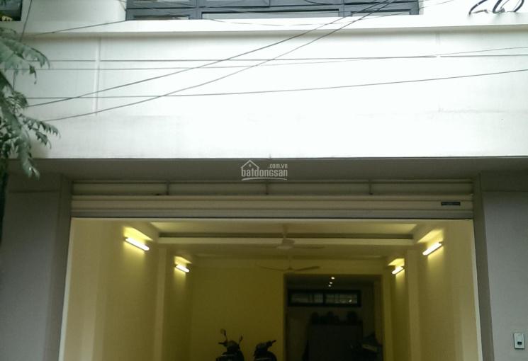 Cho thuê nhà mặt phố Hàng Than, Ba Đình, DTSD 80m2 nhà đẹp, kd mọi mô hình, 20tr/th. LH 0936030855
