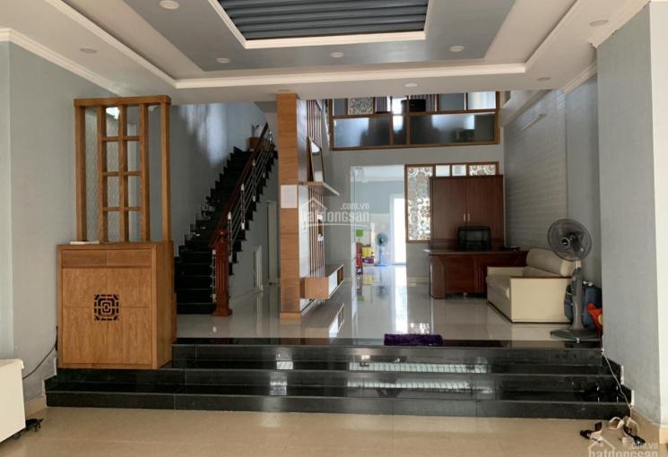 Bán gấp căn nhà phố LK KDC Khang An, quận 9 giá chốt 8,3 tỷ. LH 0917843699
