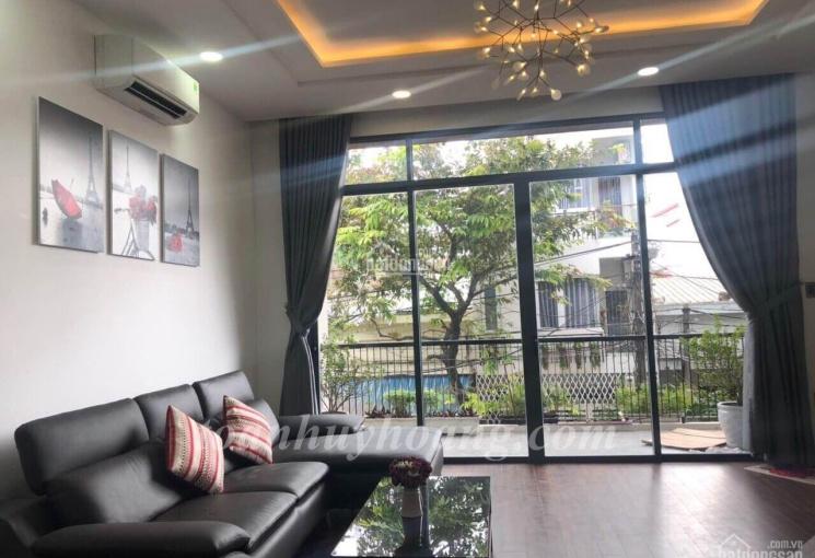 Cho thuê nhà đẹp gần cầu sông Hàn 5 phòng ngủ hiện đại, giá 23 triệu/tháng - Toàn Huy Hoàng