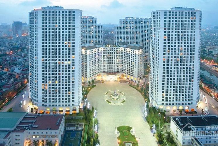 Chính chủ bán căn hộ R4A 3506 122m full đồ ban công Đông Nam, vợ chồng hàn đang thuê, LH 0942879999