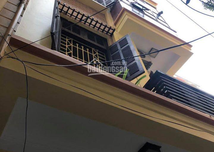 Nhà PL Phố Nguyễn Khang - Cầu Giấy , 5 tầng, 30m2, Lô góc, Giá 2.85 tỷ. LH 0974.375.898